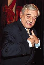 Nemocný Ladislav Mrkvička (78): BRUTÁLNÍ VÝHRŮŽKY OD VINKLÁŘE