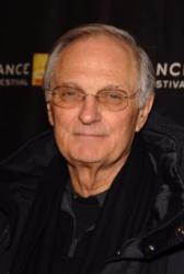 Medzin�rodn� ceny Emmy si uctili Normana Leara a Alana Aldu