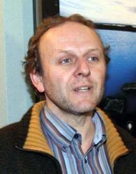 Jaroslav Du�ek (53) boduje: Kone�n� to n�kdo nandal i drz� d�chodkyni Fialov� (85)!