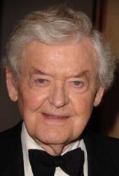 Vo veku 95 rokov zomrel filmový a divadelný herec Hal Holbrook
