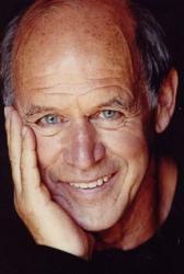 Zemřel charismatický herec Geoffrey Lewis