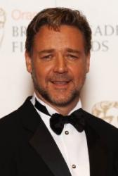 Russell Crowe got drunk and bought a dinosaur head from Leonardo DiCaprio