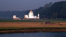 Kamera na cestách: Barma, země tisíce pagod